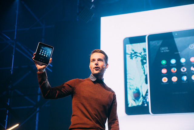 Nokia unveiling the N1 at Slush 2014.